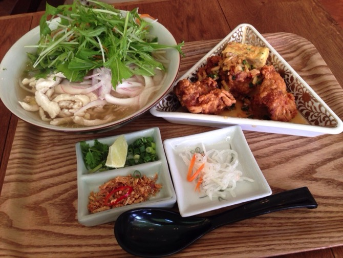 Okayama vietnamese food golden lotus 4