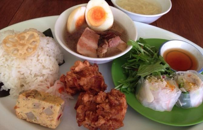 Okayama vietnamese food golden lotus eyecatch